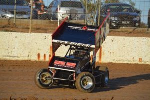 V23 Sprint Car - Jimmy Gardiner races his 360 Sprintcar around Blue Ribbon Raceway. PHOTO: Mark Cowin