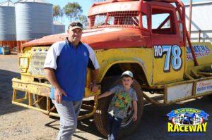 HO78 V8 TRUCK: Dean Thomas