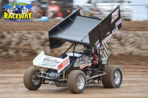 SUPERLATIVE SOLOMAN: Sprint Car driver Chris Soloman commanded the field throughout the evening. PHOTO: M&L Speedway Photography