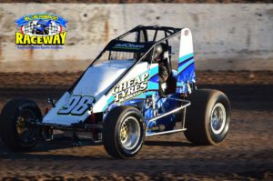 Wingless Sprintcar winner Peter Logue powers to victory on Saturday nights action. PHOTO: M&L Speedway Photography